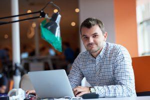 Primera web para negocio nuevo de autónomos emprendedores