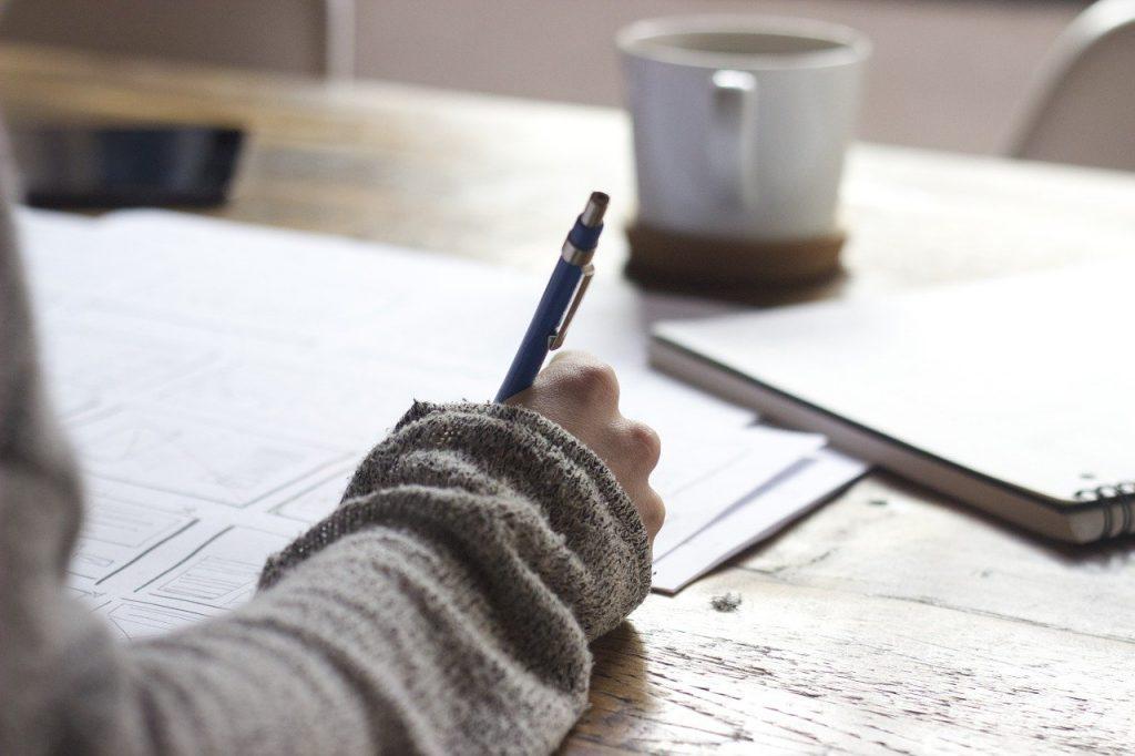 Servicios de escritura de artículos para blogs.