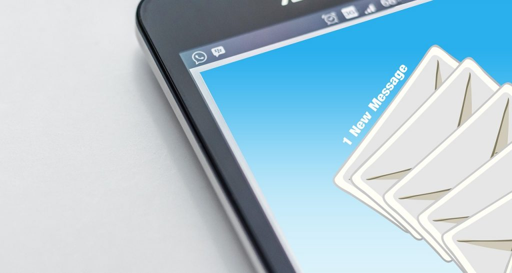 Servicio profesional de diseño de mail marketing.